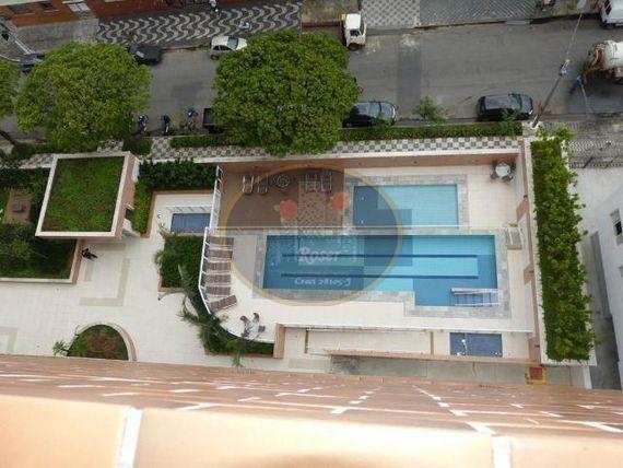Apartamento de 3 dormitórios à venda em Macuco, Santos - SP