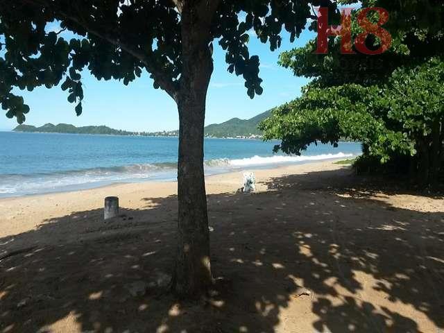 """praia da armação - penha - santa catarina""""pé na areia""""exclusivo para seu conforto . quando o..."""