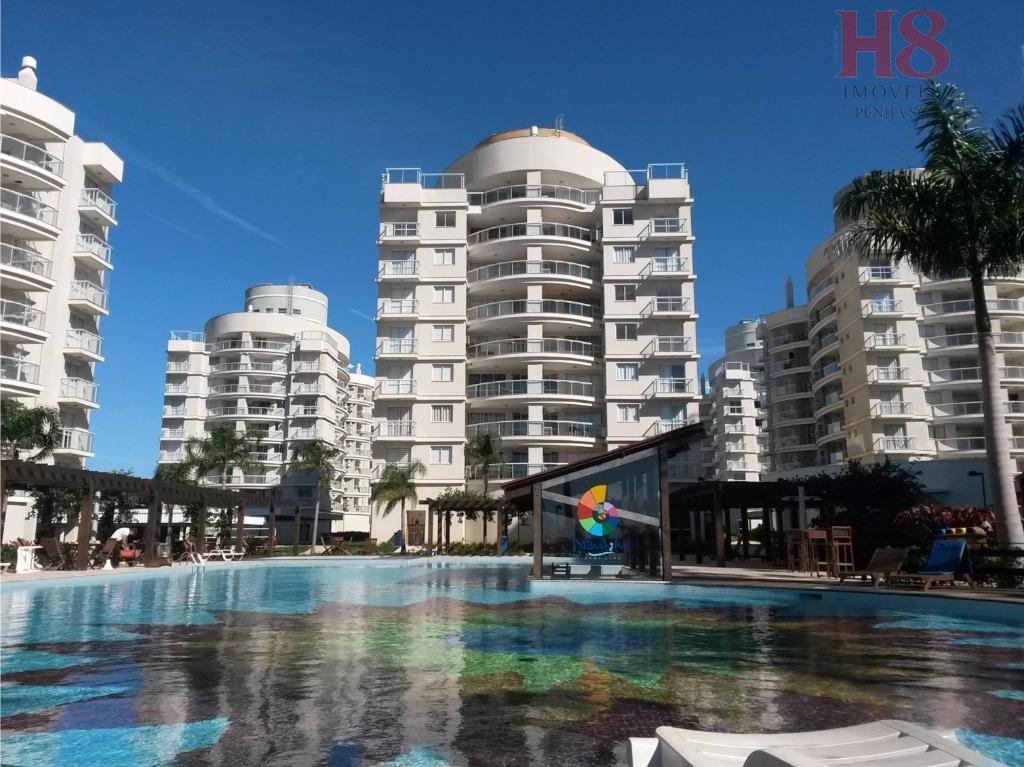 Apartamento residencial à venda, Praia de Armação, Penha.