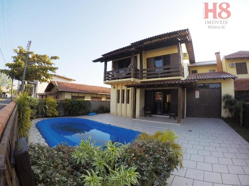 Casa com 4 dormitórios à venda, 202 m² por R$ 690.000 - Praia de Armação - Penha/SC