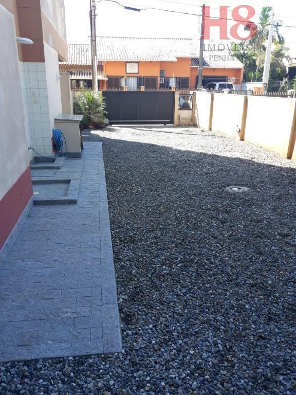 lindo apartamento localizado na avenida itapocoróy n°410vista para praia de armação!!apartamento 201/202 do cond. res. ana...