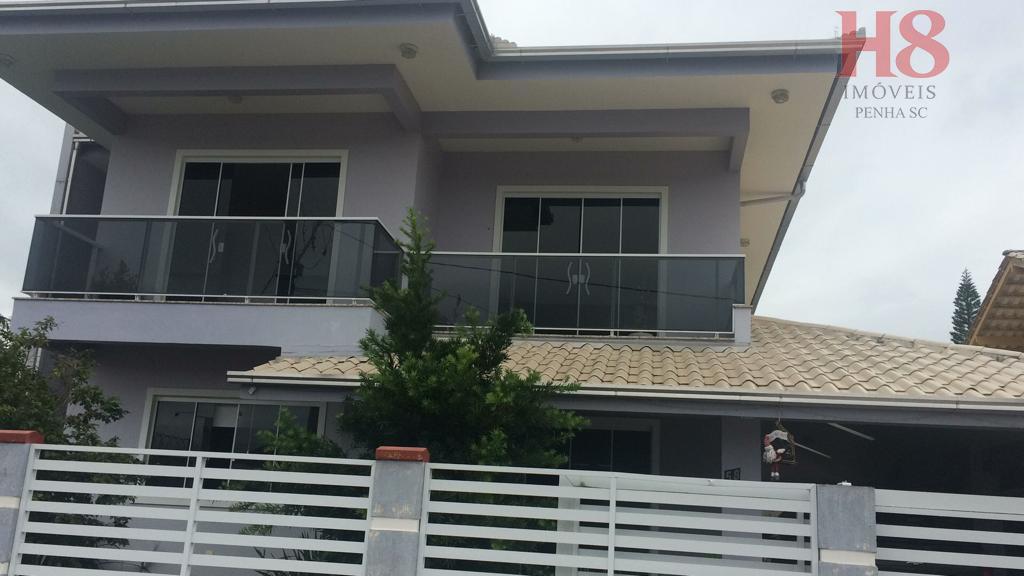 Casa com 4 dormitórios à venda, 235 m² por R$ 780.000 - Centro - Penha/SC