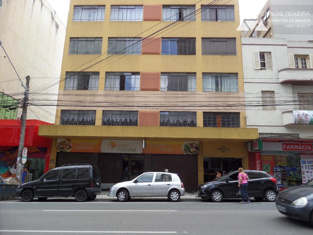 Apartamento à venda, 2 quartos, Centro, Curitiba.