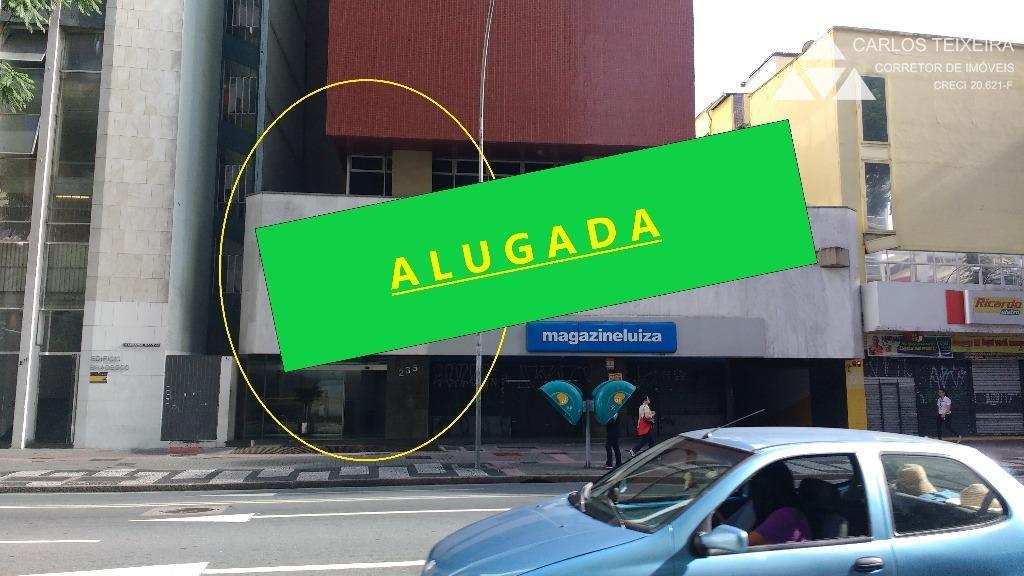 Sala comercial para locação, Edif. Arnaldo Thá, Centro, Curitiba.