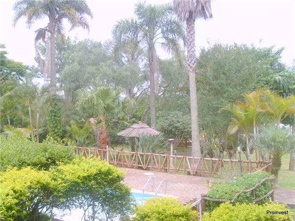 Chácara de 3 dormitórios em Chácara Remanso (Caucaia Do Alto), Cotia - SP