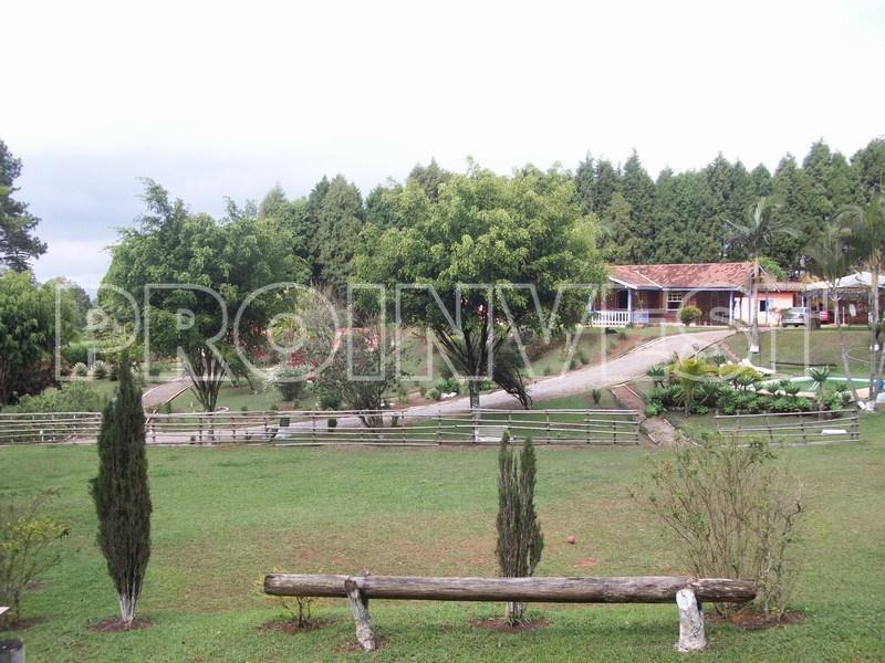 Chácara de 4 dormitórios em Chácara Recanto Verde, Cotia - SP