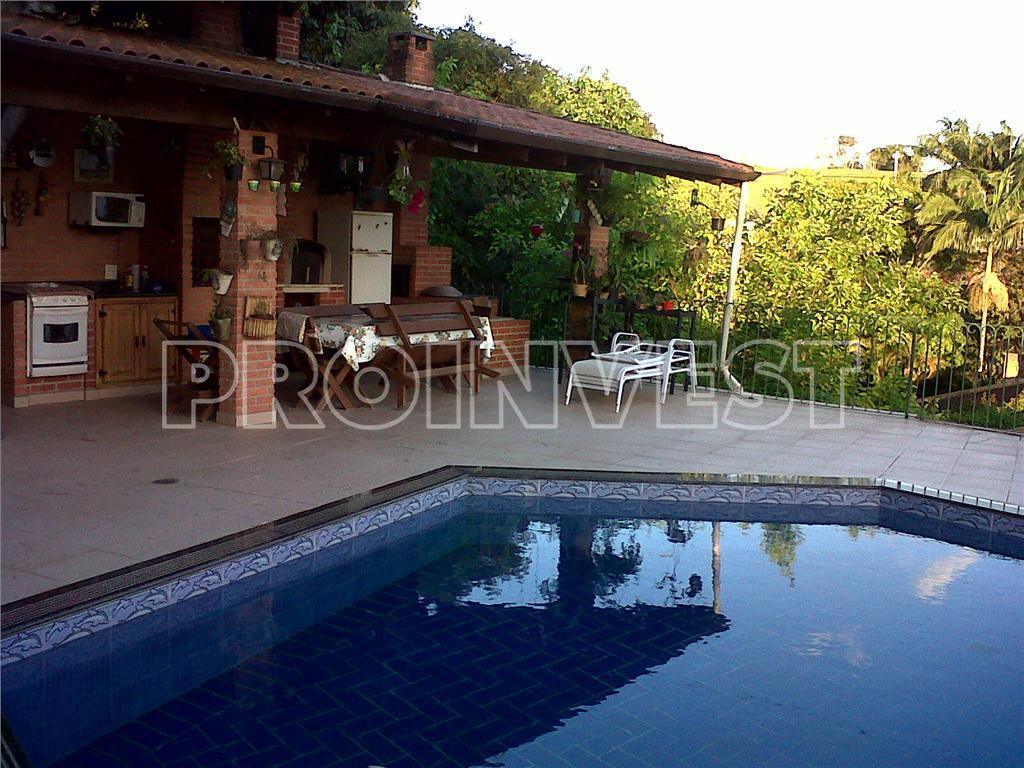 Casa de 5 dormitórios em Recanto Inpla, Carapicuíba - SP
