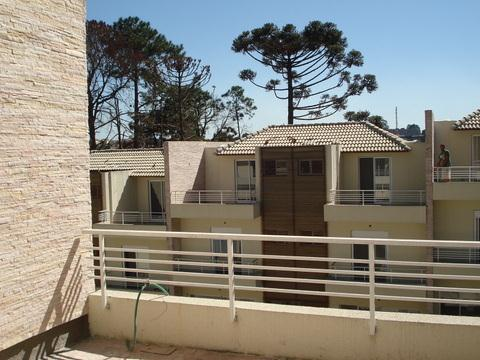 Casa de 4 dormitórios em Recanto Bel Fiori, Cotia - SP