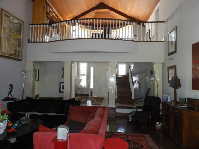 Casa de 4 dormitórios em Forest Hills, Jandira - SP