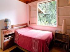 Casa de 4 dormitórios à venda em Chácara Santa Lúcia, Carapicuíba - SP
