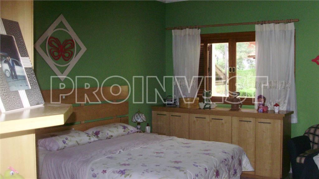 Casa de 4 dormitórios em Chácara Rincão, Cotia - SP
