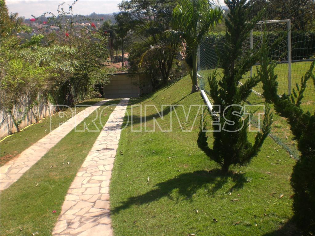 Casa de 4 dormitórios em Fazendinha, Carapicuíba - SP