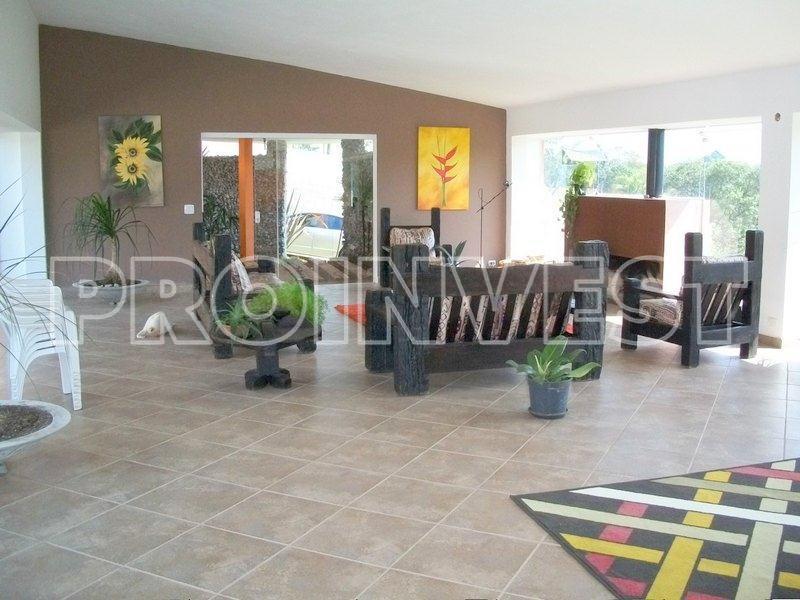 Casa de 5 dormitórios em Los Álamos, Vargem Grande Paulista - SP