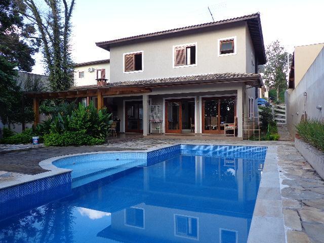Casa de 4 dormitórios em Solar Dos Nobres, Carapicuíba - SP