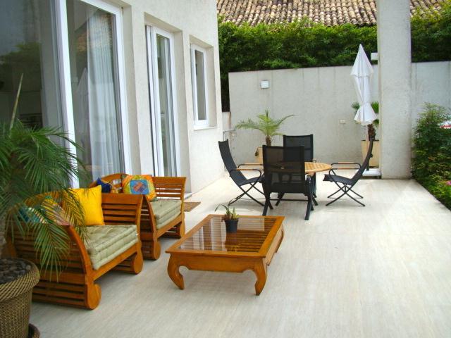 Casa de 4 dormitórios em Granja Viana, Cotia - SP