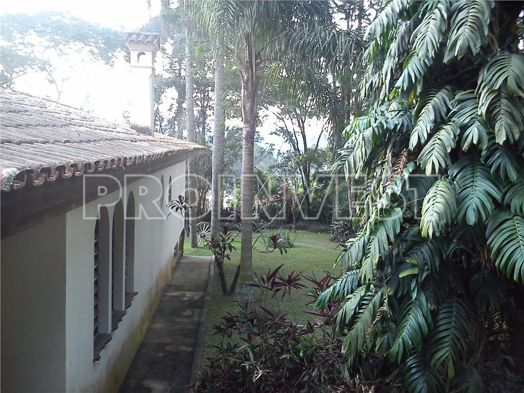 Casa de 4 dormitórios em Chácara Represinha, Cotia - SP