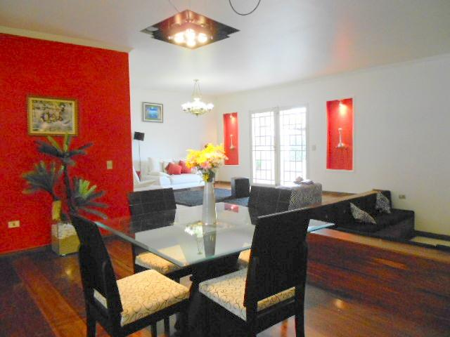 Casa de 5 dormitórios à venda em Granja Viana, Carapicuíba - SP