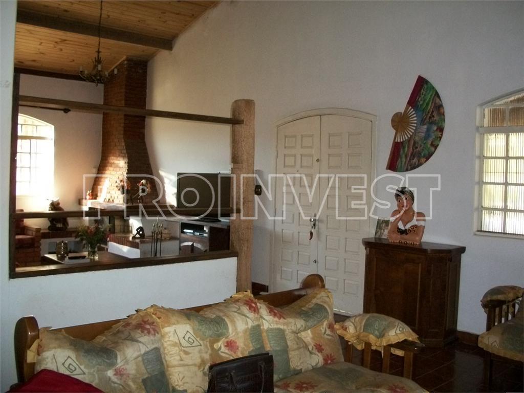 Chácara de 3 dormitórios em Caucaia Do Alto, Cotia - SP