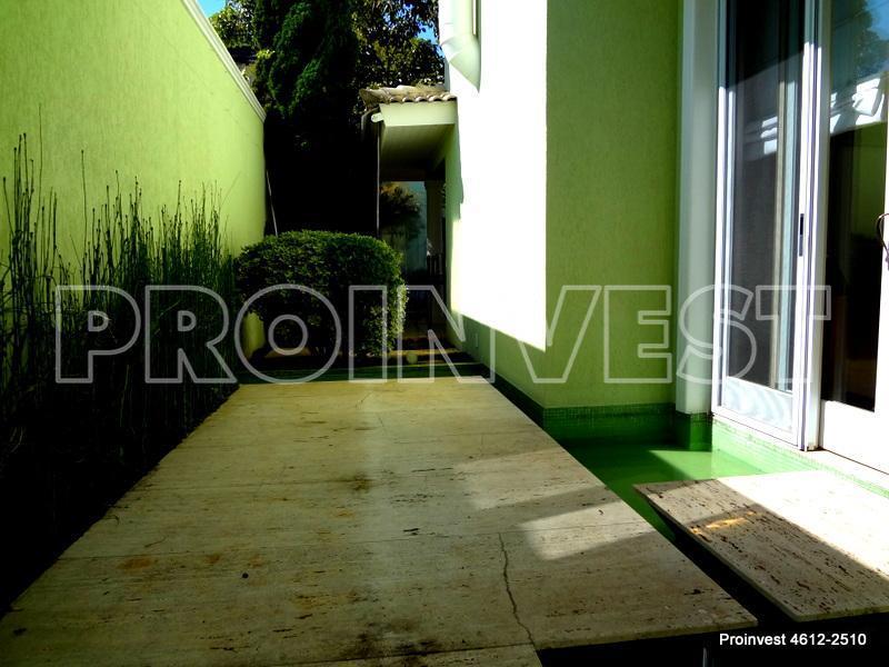 Casa de 4 dormitórios em Tamboré 03, Santana De Parnaíba - SP