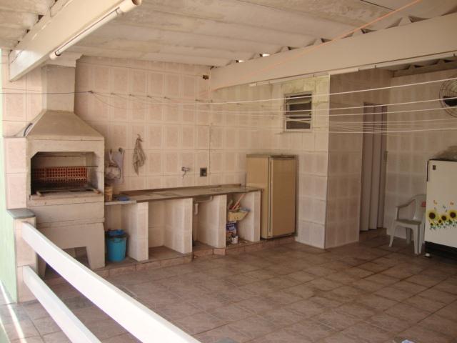 Casa de 4 dormitórios à venda em Jardim Semiramis, Cotia - SP