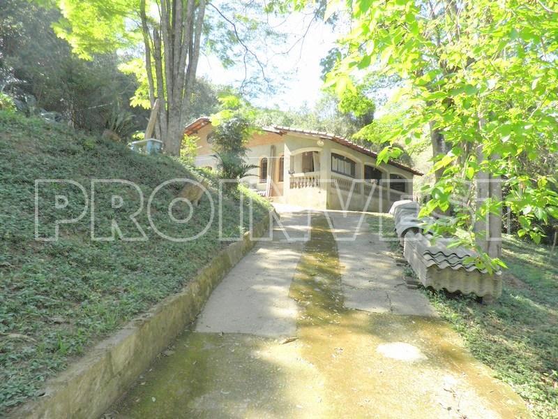 Casa de 3 dormitórios em Parque Rizzo, Cotia - SP