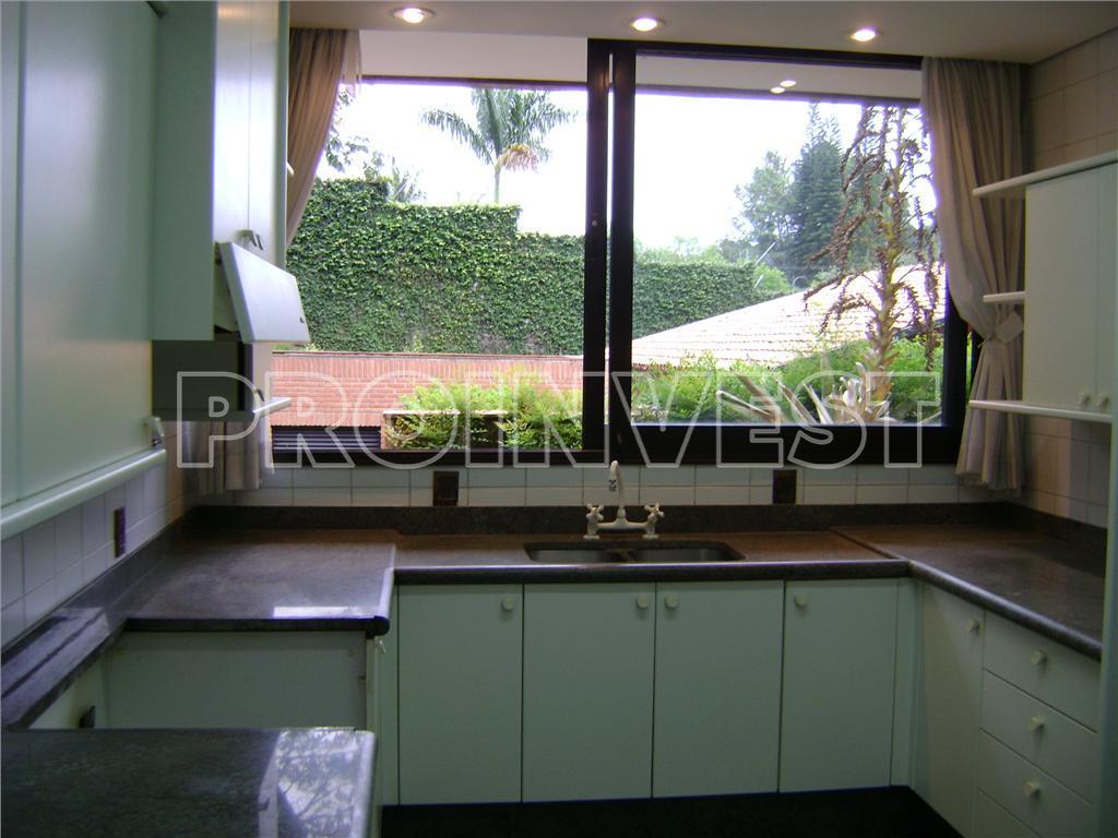 Casa de 7 dormitórios em Jardim Colonial, Carapicuíba - SP