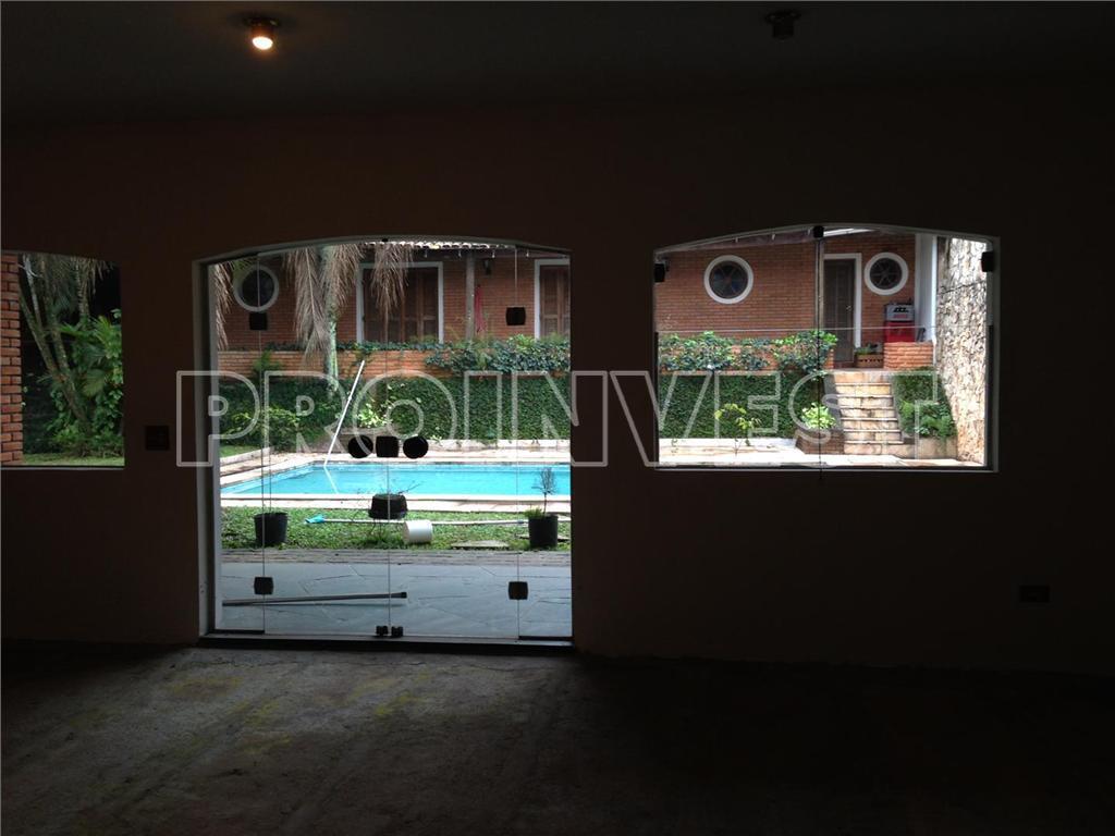 Casa de 4 dormitórios em Santa Maria, Osasco - SP