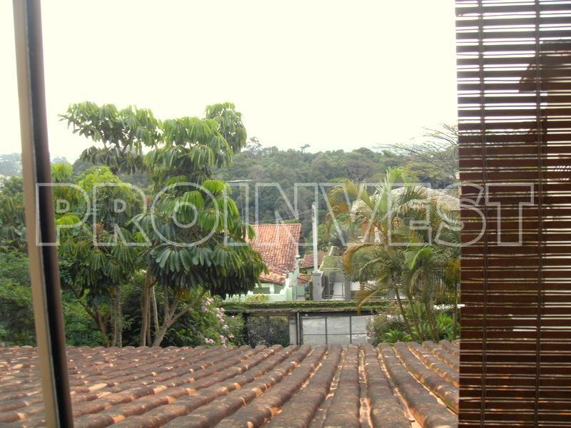 Casa de 3 dormitórios em Recanto Verde, Carapicuíba - SP
