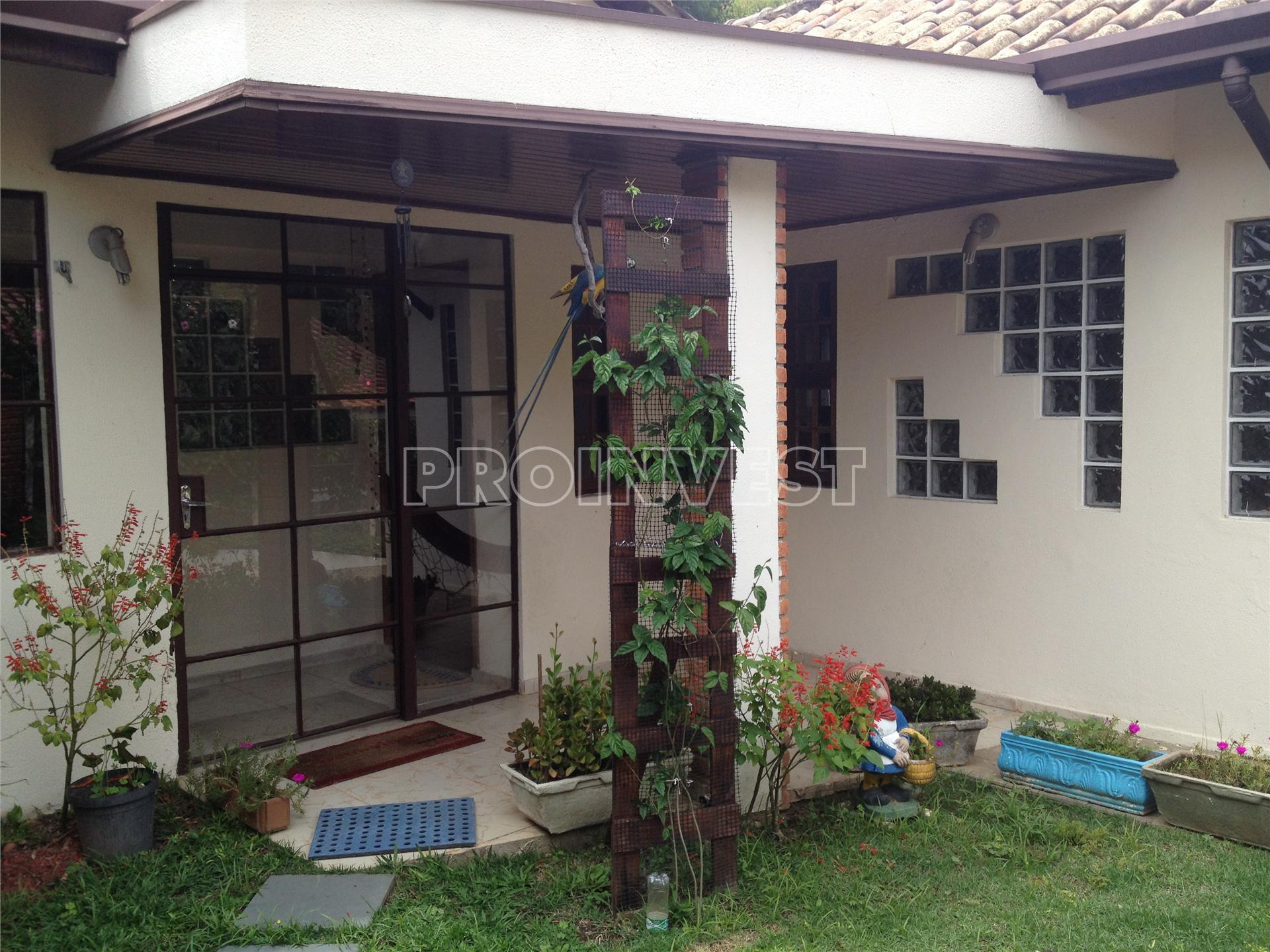 Casa de 6 dormitórios à venda em Granja Viana, Itapevi - SP