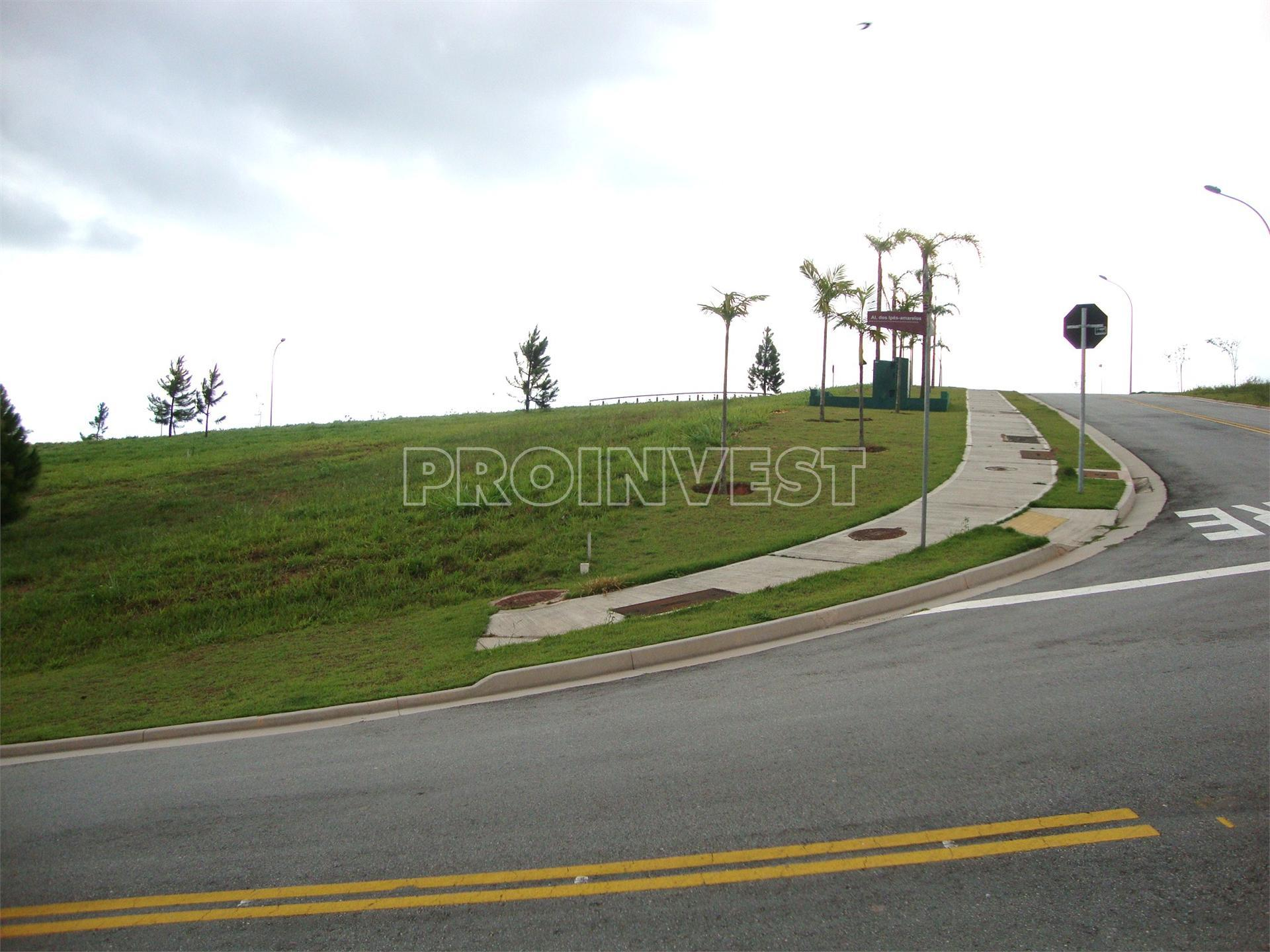 Terreno em Granja Viana, Carapicuíba - SP