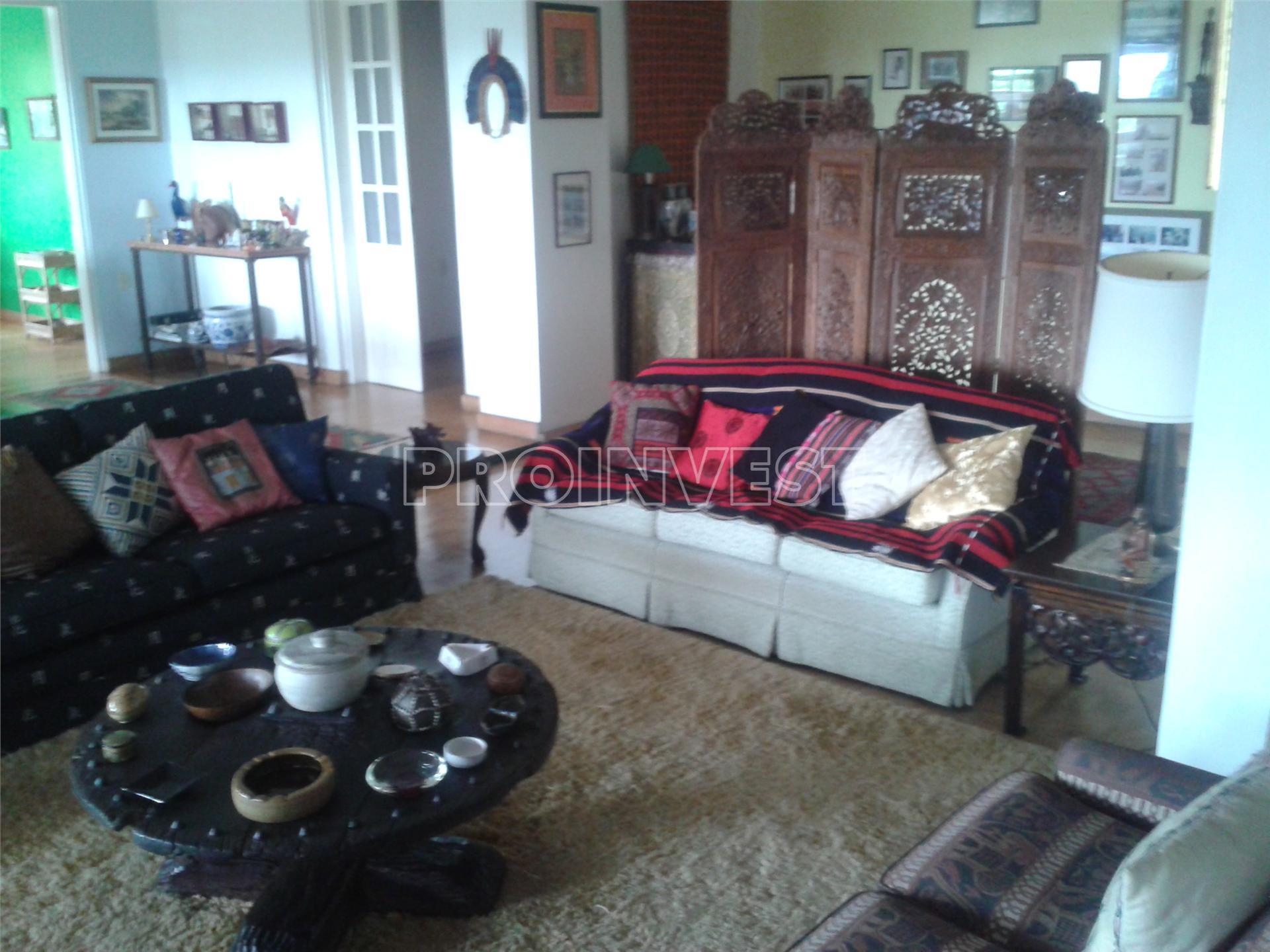 Casa de 3 dormitórios em Forest Hills, Jandira - SP