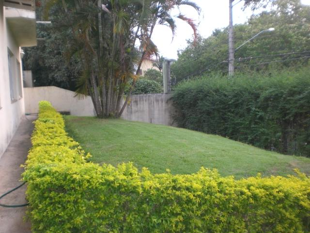 Casa de 2 dormitórios à venda em Granja Viana, Carapicuíba - SP
