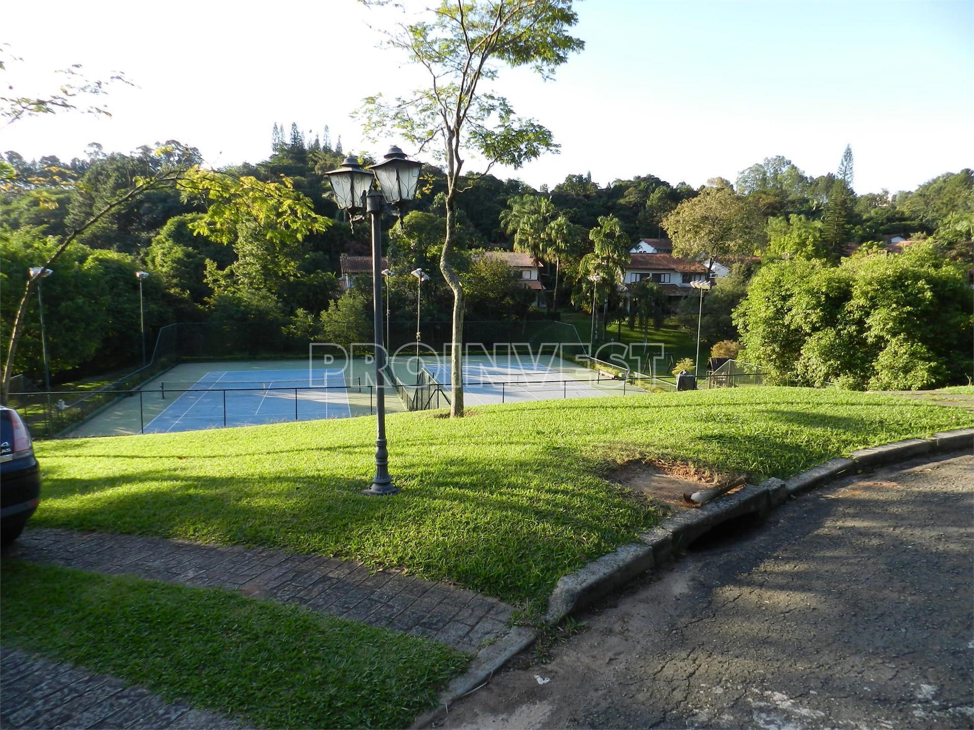 Casa de 4 dormitórios em Residence Park, Cotia - SP