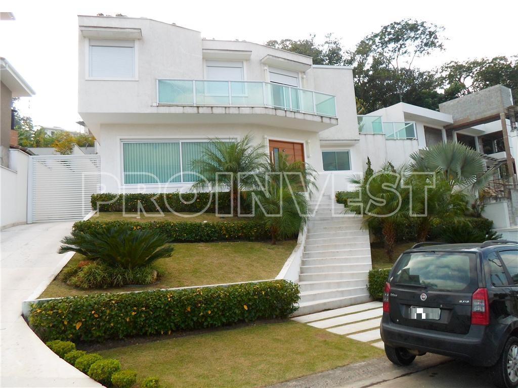 Casa de 4 dormitórios em Golf Village, Carapicuíba - SP