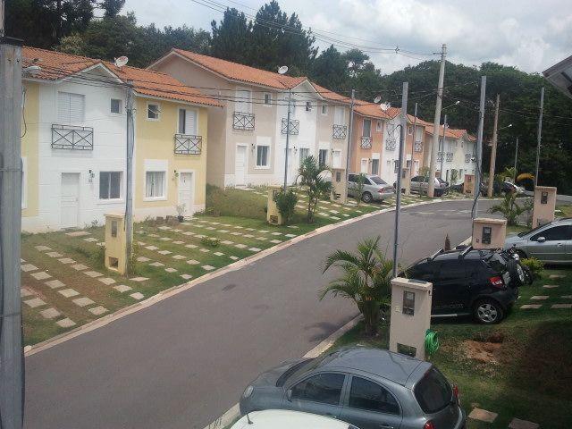Casa de 2 dormitórios em Chácara Canta Galo Iii, Cotia - SP