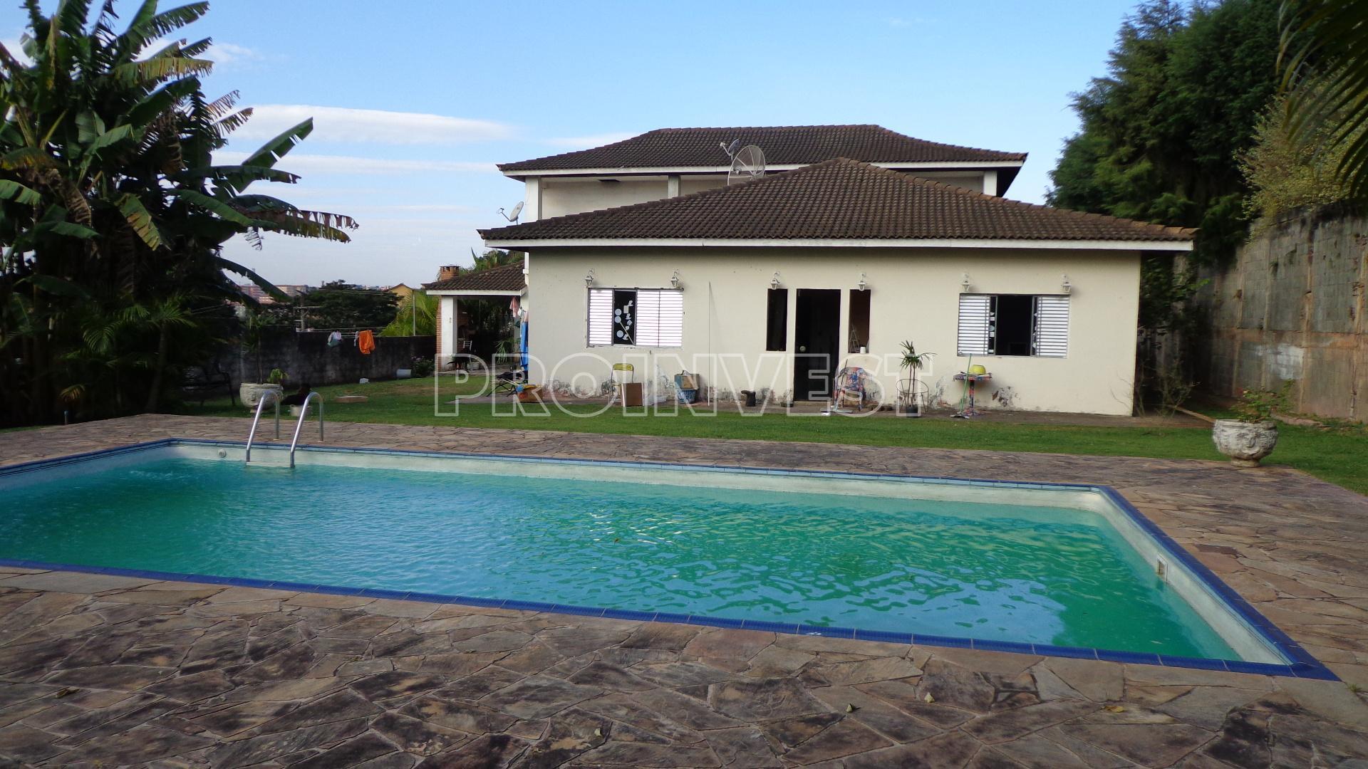 Casa de 5 dormitórios em Chácara Santa Lúcia, Carapicuíba - SP