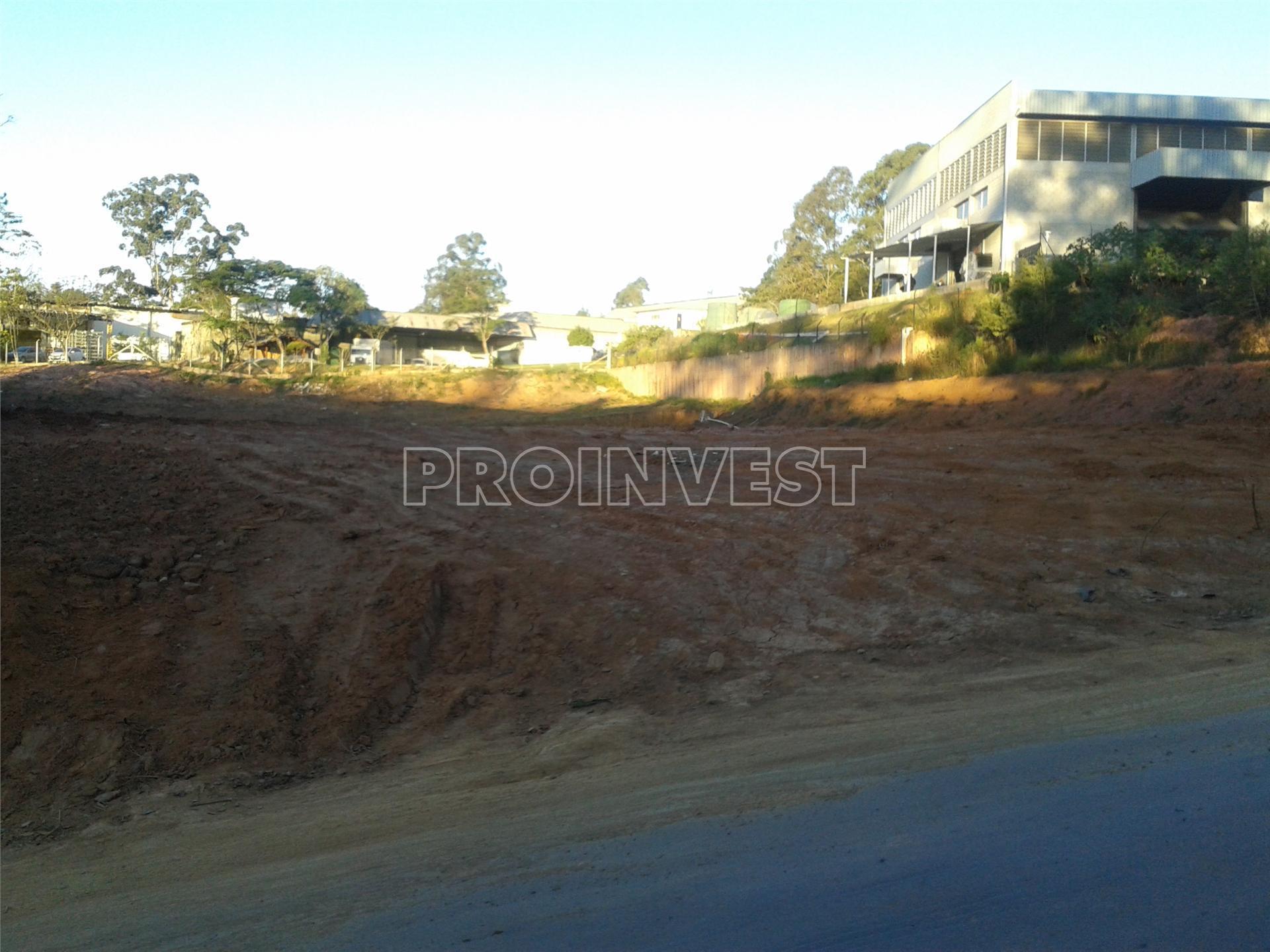 Área à venda em Vila Jovina, Cotia - SP