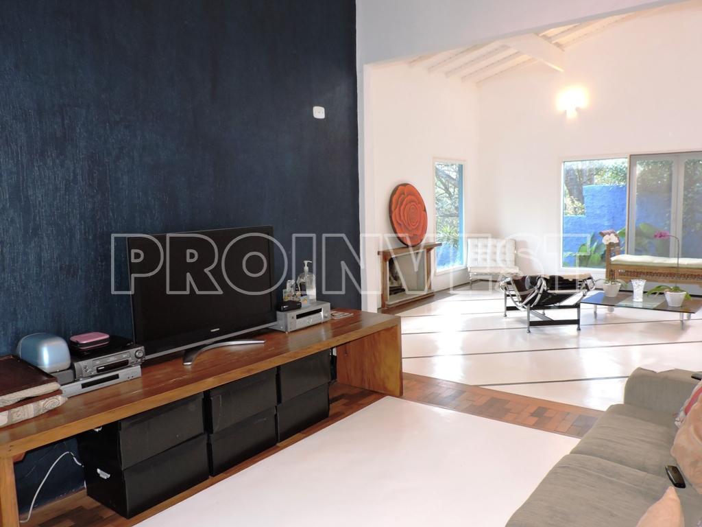 Casa de 3 dormitórios à venda em Vila Velha, Carapicuíba - SP