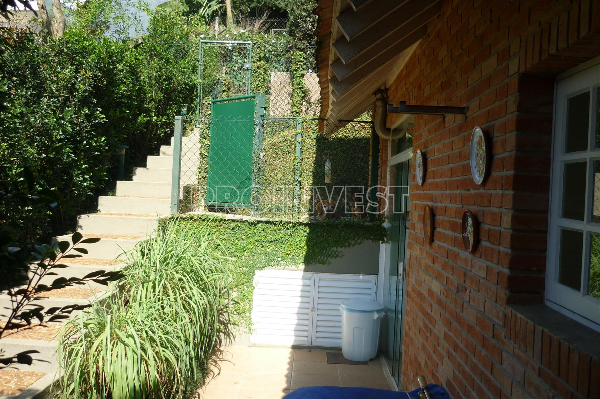 Casa de 3 dormitórios à venda em Residencial Taguaí, Carapicuíba - SP