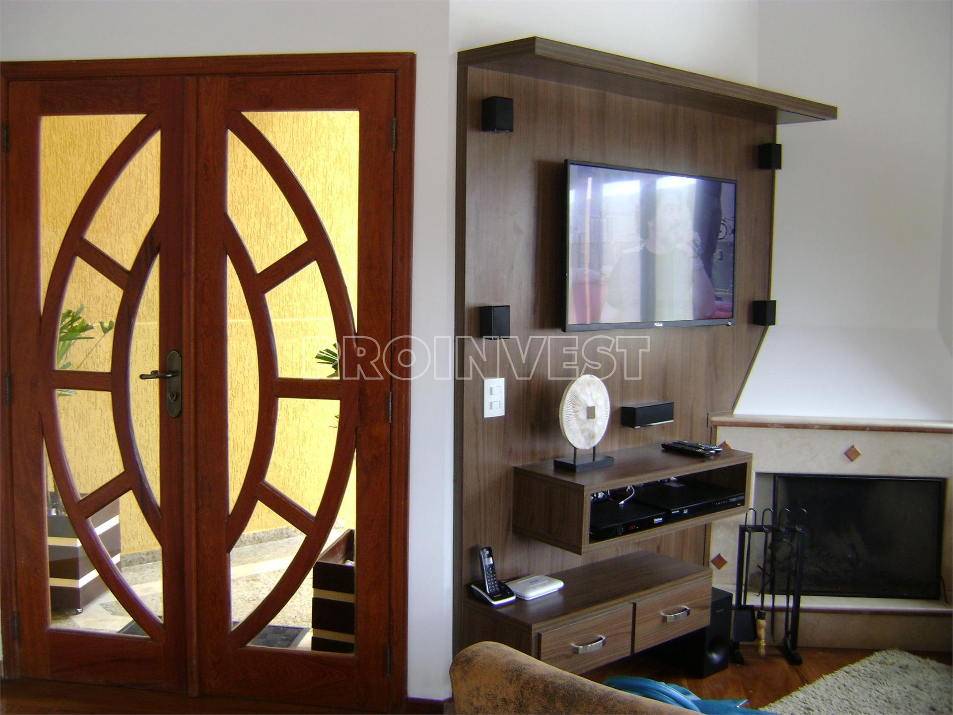 Casa de 4 dormitórios em Granja Viana, Itapevi - SP