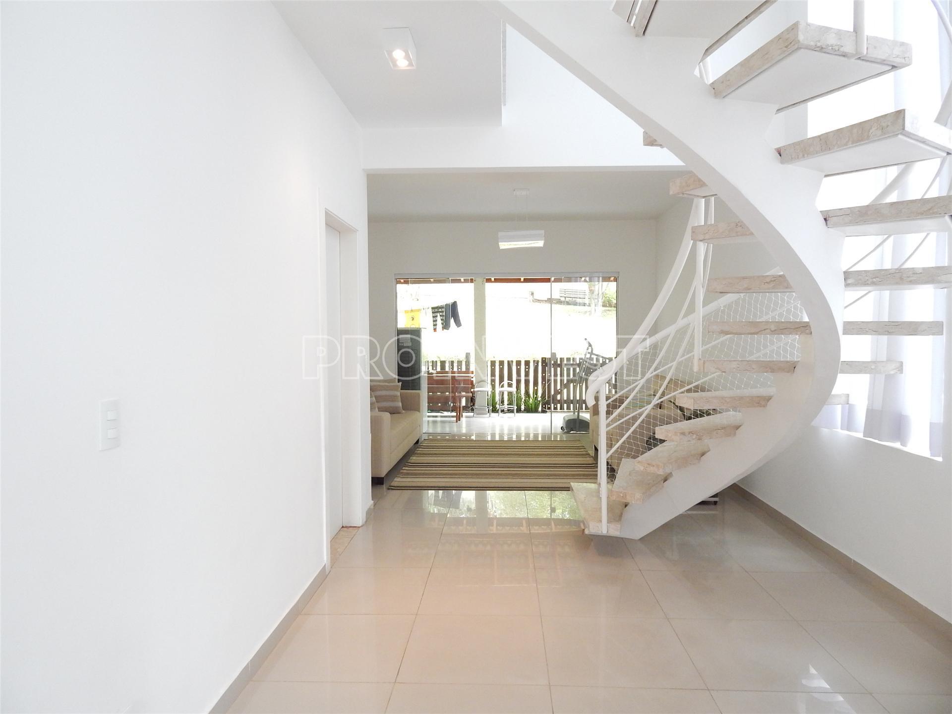 Casa de 3 dormitórios à venda em Villa De La Rocca, Carapicuíba - SP
