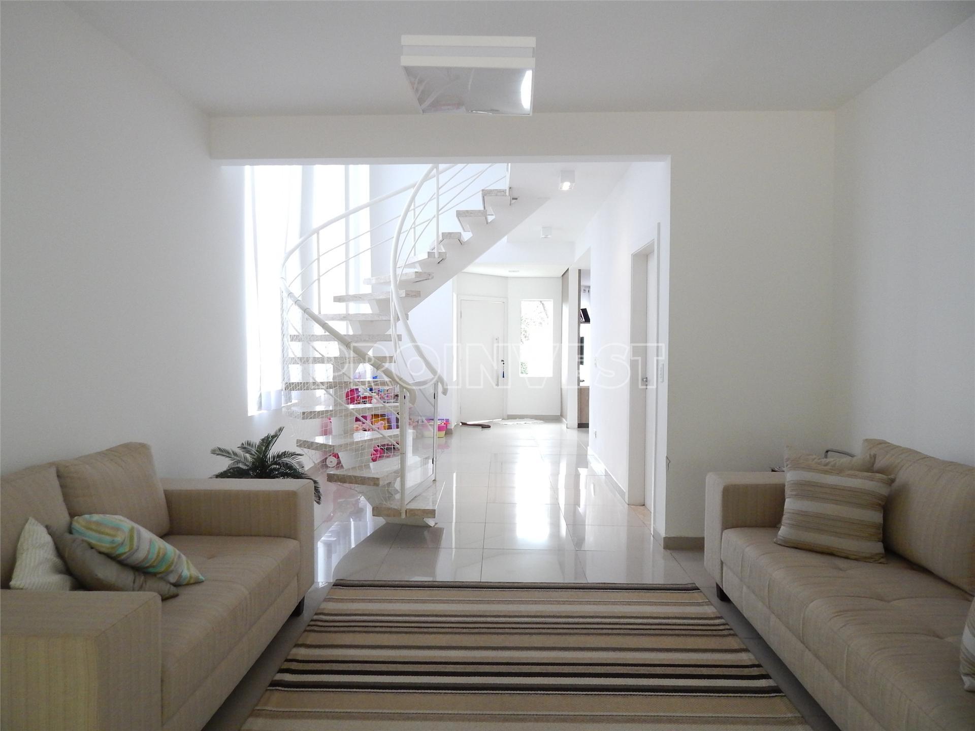Casa de 3 dormitórios em Villa De La Rocca, Carapicuíba - SP