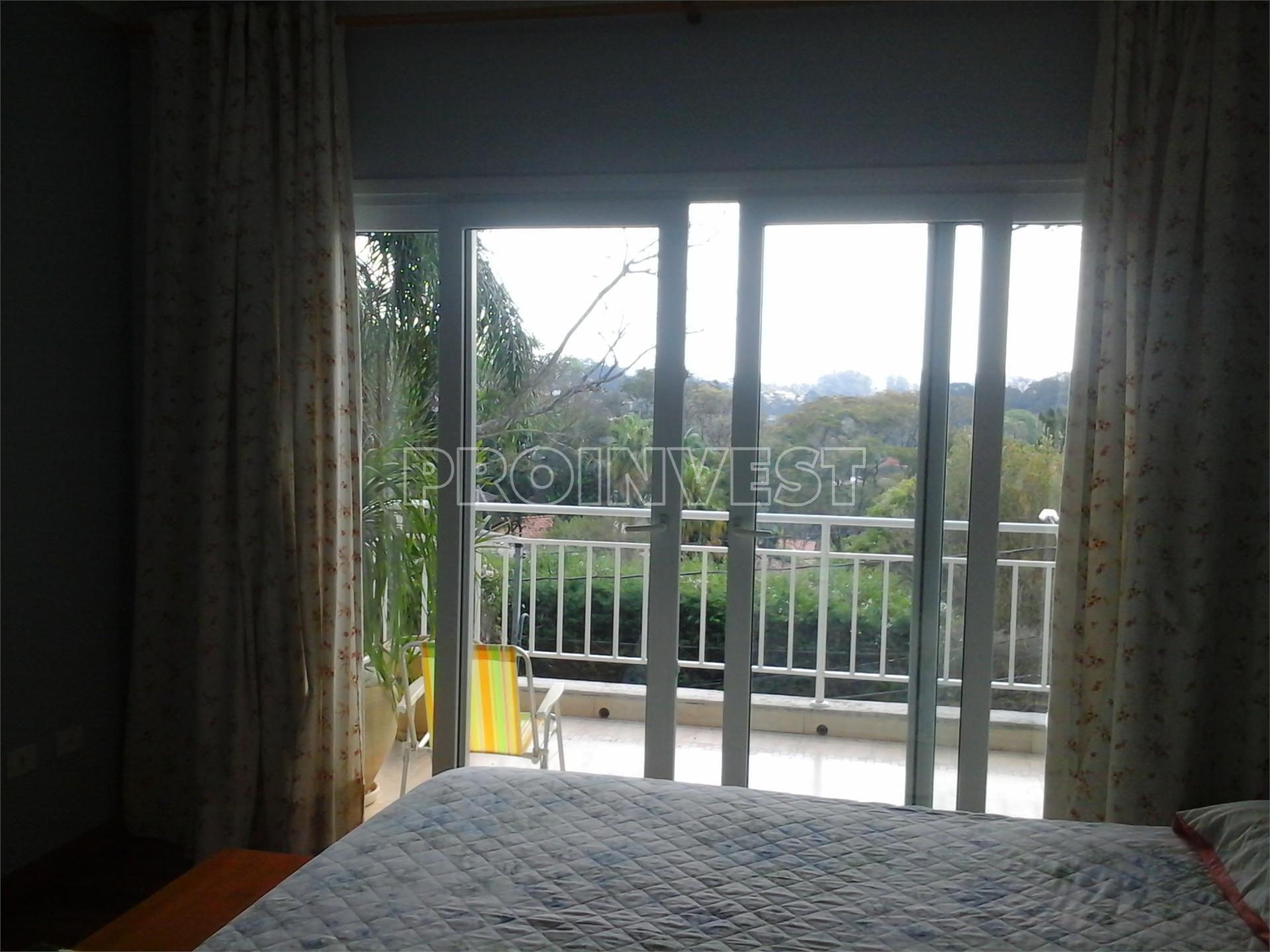Casa de 4 dormitórios em Recanto Inpla, Carapicuíba - SP