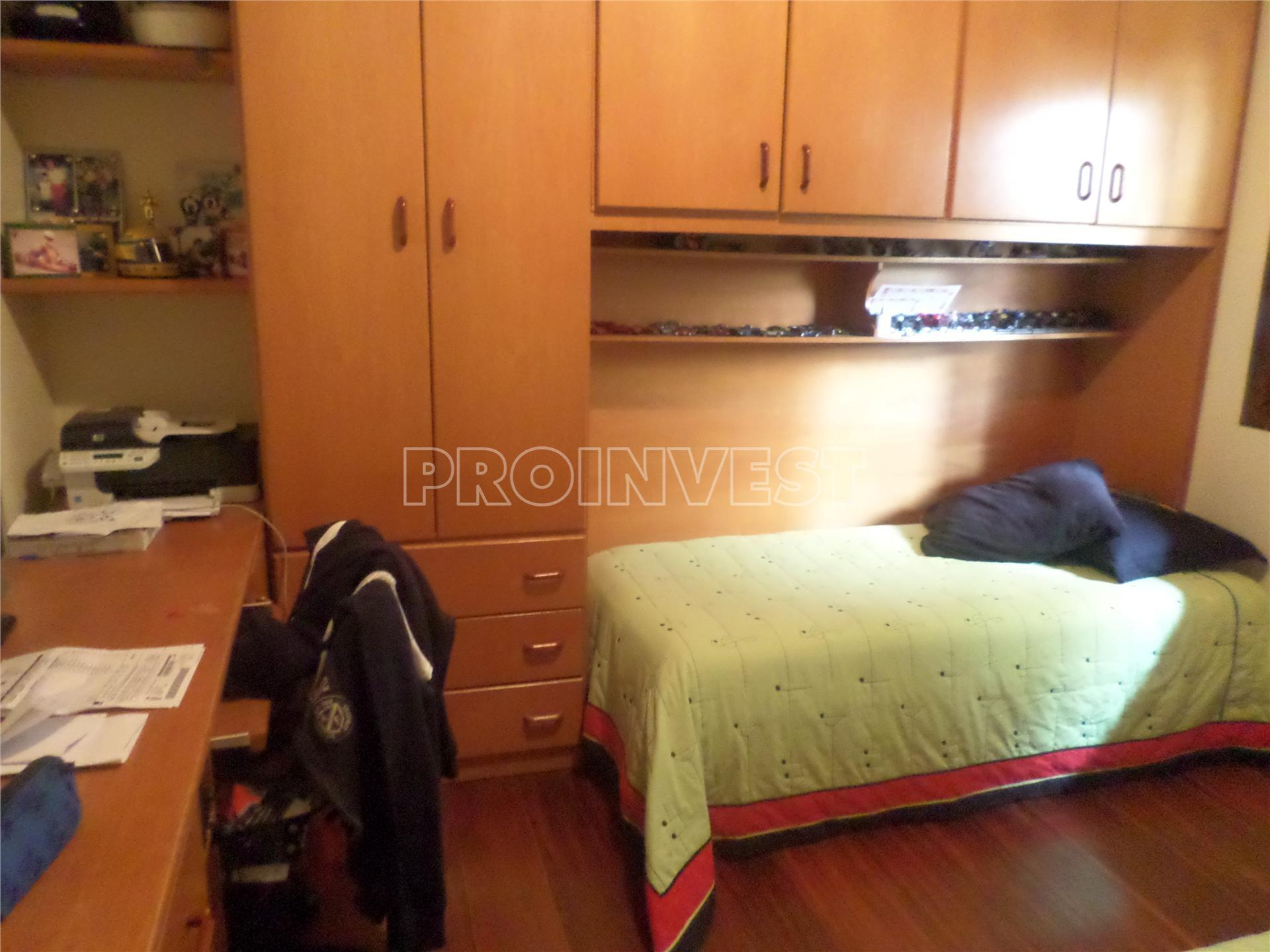 Casa de 3 dormitórios em São Fernando Residência, Barueri - SP