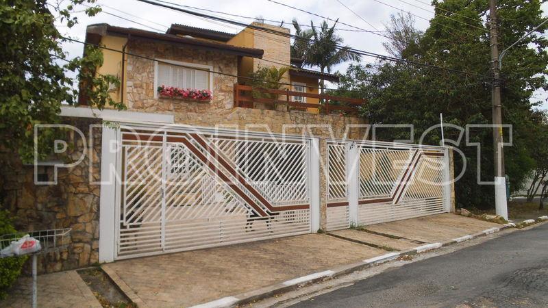 Casa de 5 dormitórios em Parque Dos Príncipes, São Paulo - SP