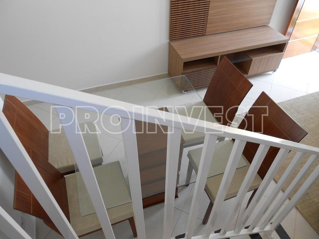 Casa de 2 dormitórios em Recanto Bem-Te-Vi, Cotia - SP