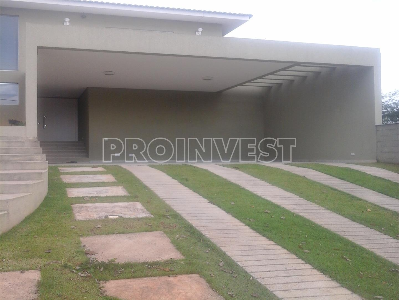 Casa de 4 dormitórios em Granja Viana, Carapicuíba - SP