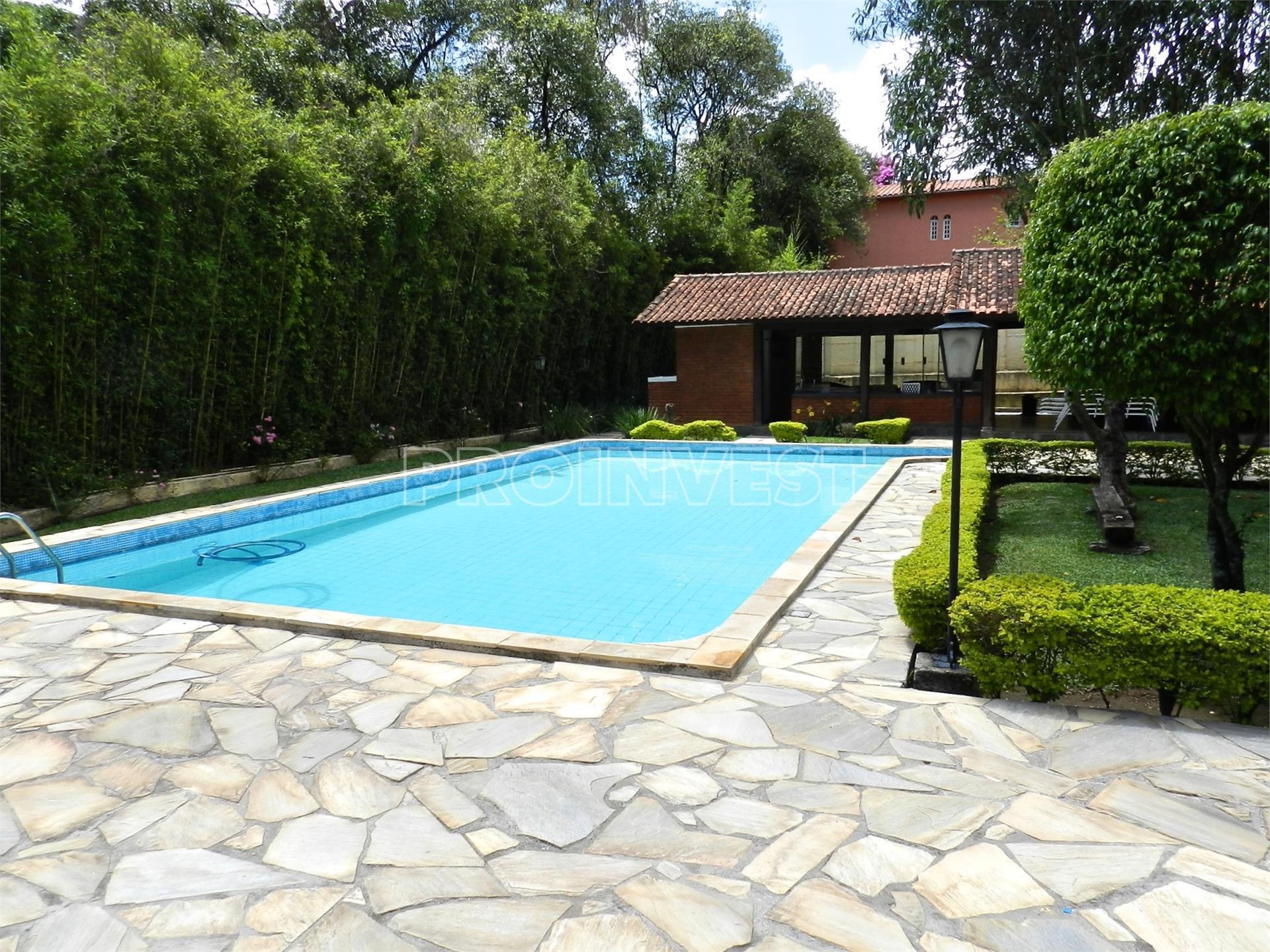 Casa de 4 dormitórios em Jardim Colonial, Carapicuíba - SP
