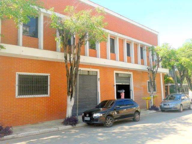 Barracão para Venda/Locação - Embu das Artes