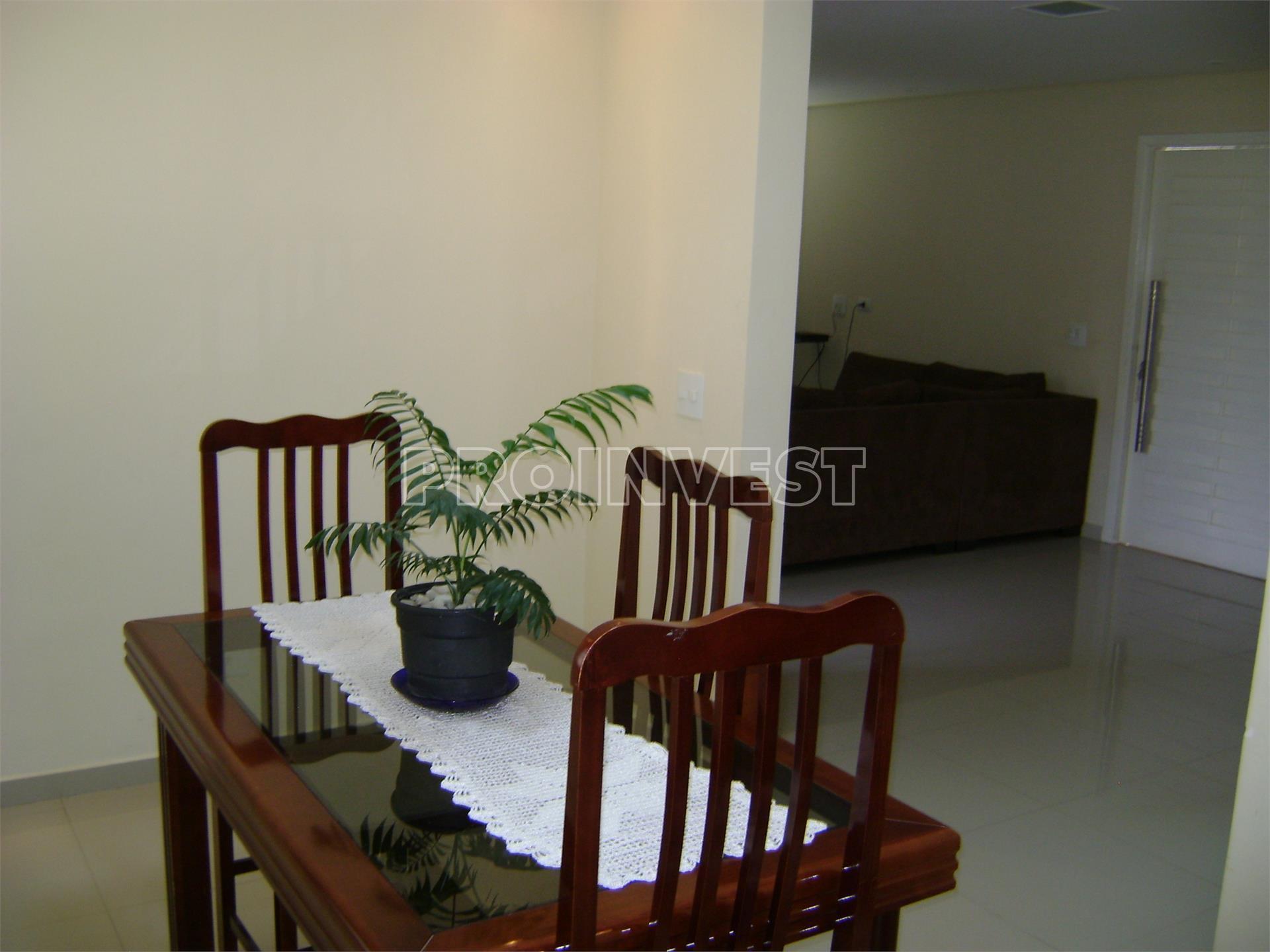 Casa de 3 dormitórios em Gramado, Cotia - SP